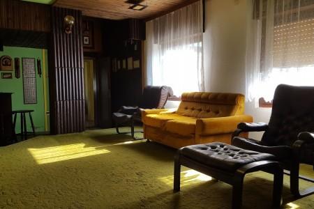 Belišće, kuća dvodomka na izvrsnoj lokaciji, 89,56 m2