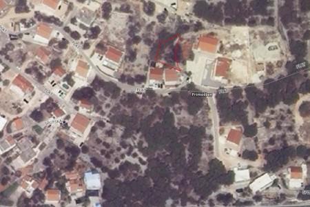 Primošten, građevinsko zemljište na odličnoj lokaciji, 358 m2
