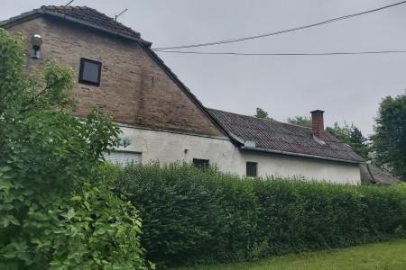 Valpovo, kuća u samom centru grada, površine 97,63 m2