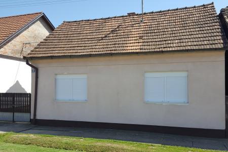 Bistrinci, renovirana i namještena kuća, 70,44 m2